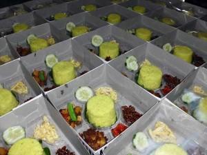 Pesanan Nasi Box Ibu Nindya di Jakasampurna, Bekasi Barat
