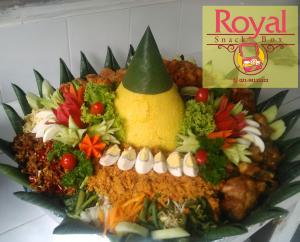Pesanan Nasi Tumpeng Ibu Tuti di Cikarang Barat, Bekasi