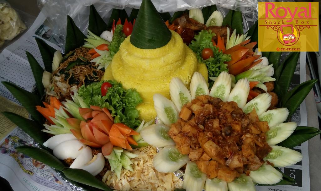 Pesanan Nasi Tumpeng Ibu Riska di Gatot Subroto, Jakarta Selatan