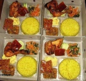 Nasi Box Pesanan Ibu Fransisca di Gambir, Jakarta Pusat