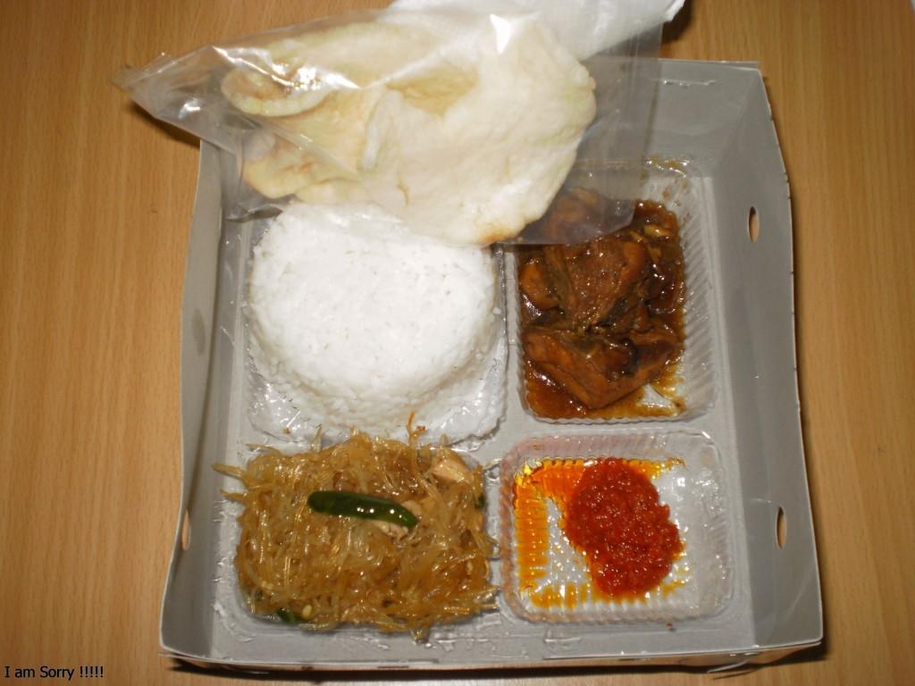 Pesanan Nasi Box Ibu Dita di Kelapa Gading, Jakarta Utara
