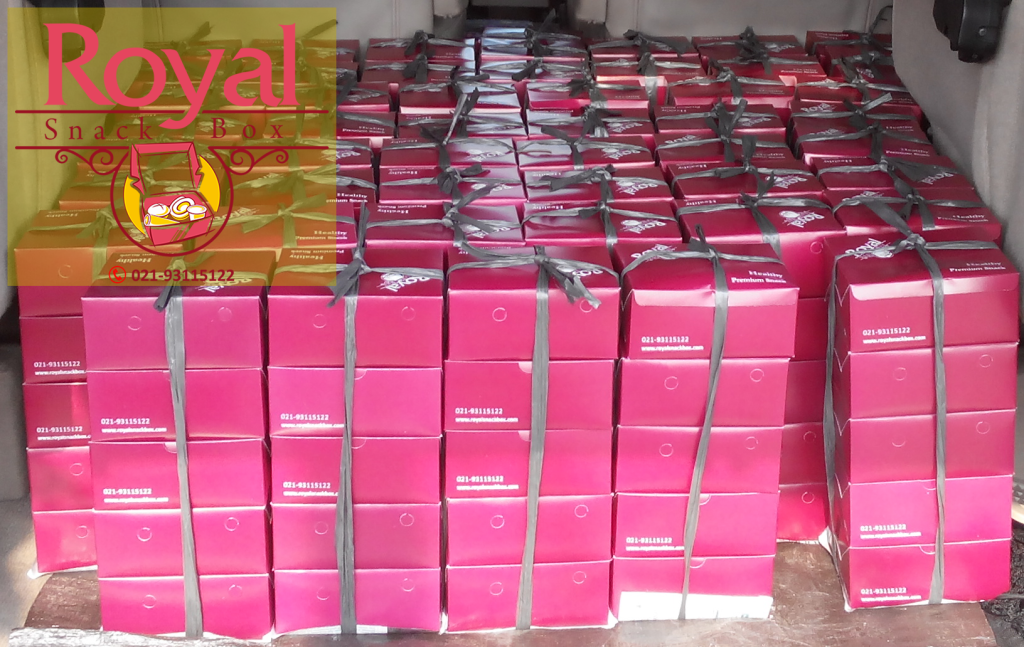 Pesanan Snack Box Ibu Cindi di Medan Merdeka, Jakarta Pusat