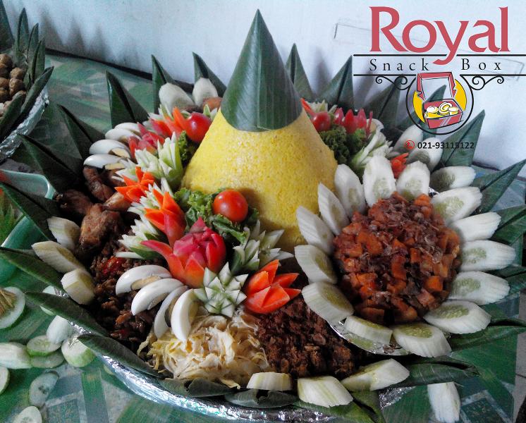 Nasi Tumpeng Pesanan Ibu Syafani di Season City, Jakarta Barat