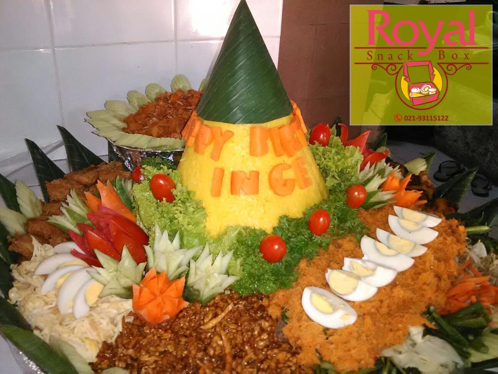 Pesanan Nasi Tumpeng Ibu Inge di Jatibening Baru, Bekasi