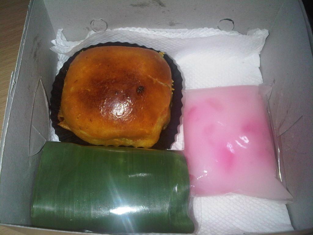 Pesanan Snack Box Ibu Vivi di Jl. KH. Hasyim, Tangerang Kota