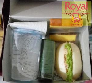 Snack Box Mini Pesanan Ibu Yunika di Medan Merdeka, Jakarta Pusat