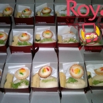 Pesanan Snack Box Ibu Ria di Pasar Rebo , Jakarta Timur