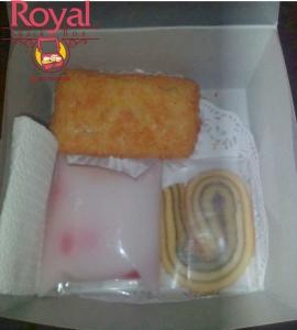 pesanan-snack-box-ibu-ria-di-pasar-rebo-jakarta-timur