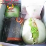 Snack Box Pesanan Ibu Shinta di MT Haryono , Jakarta