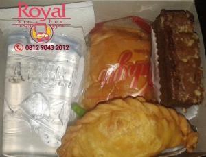 snack-box-pesanan-mba-eri-di-pasar-minggu-jakarta-selatan