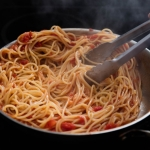 Yuk Intip Tips Memanaskan Makanan agar Tidak Basi Dengan Benar